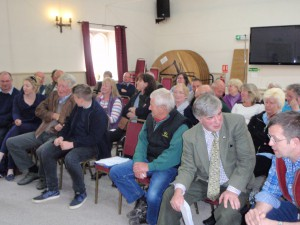 Members await start of 2015 AGM