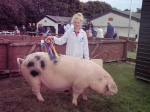 Sarah Whitley & a very rotund Sheila showing off their rosettes.